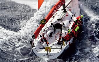 ABC sztormowania: Prowadzenie jachtu w sztormie