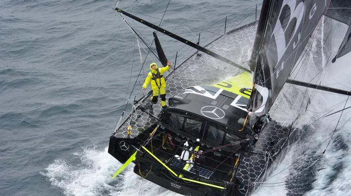 Vendee Globe: Alex Thomson pobił rekord 24-godzinnej żeglugi!